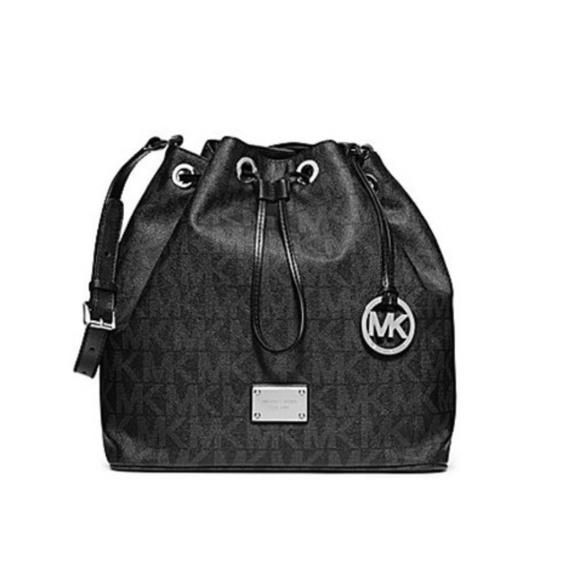 5a6eaf4574a9 MICHAEL Michael Kors Bags